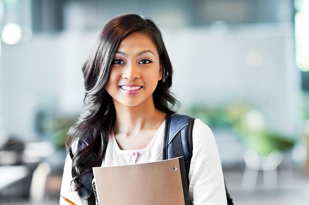 Контактные линзы дарят подростку уверенность в себе