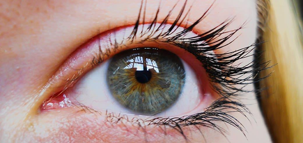 Міфи про контактні лінзи