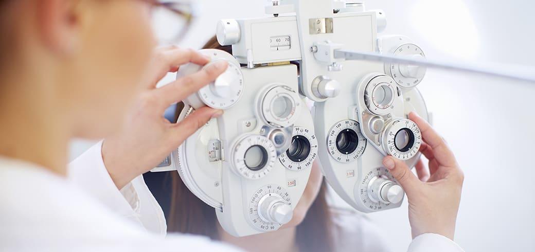 Як підібрати контактні лінзи?
